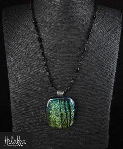 Kaulakoru riipus lasista vihreä Helakka Metsä