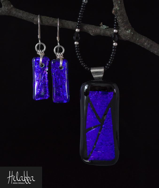 Helakka korusetti lasista sinivioletti