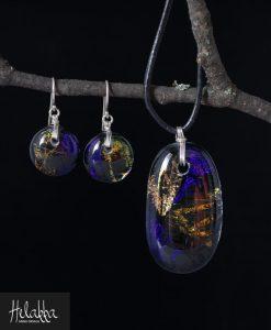 Helakka korusetti lasista violetti