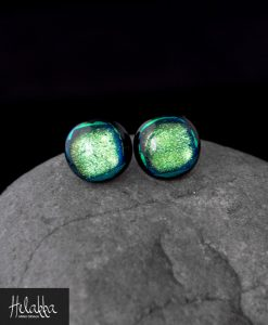 teräskorvakorut lasista Helakka
