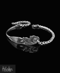 Helakka rannekoru hopealusikasta ruusu