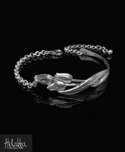 Helakka rannekoru hopealusikasta tulppaani